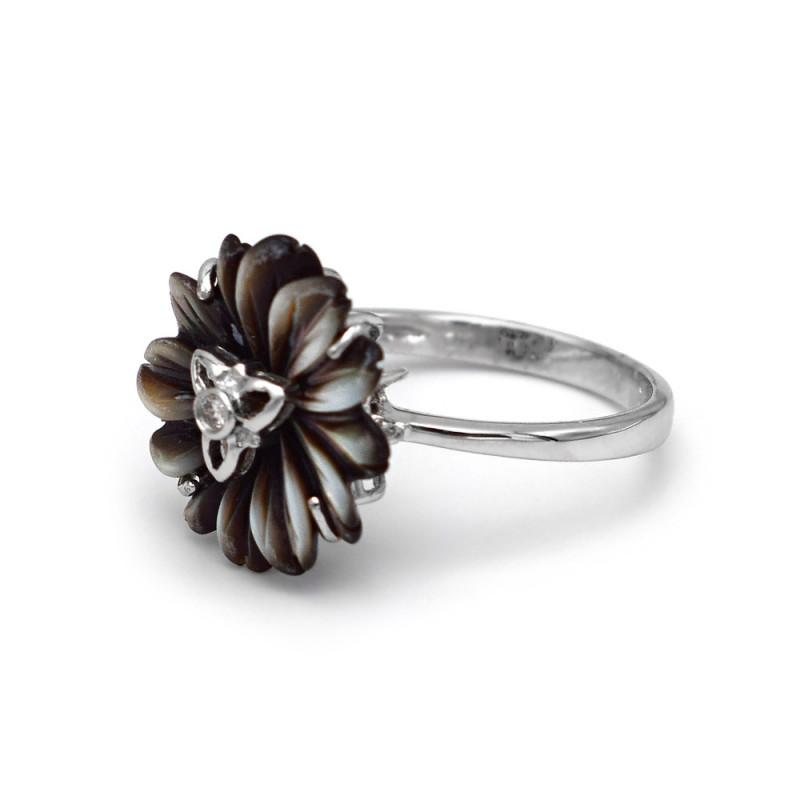 Δαχτυλίδι με μαύρο λουλούδι σε λευκόχρυση βάση Κ18 - M307815