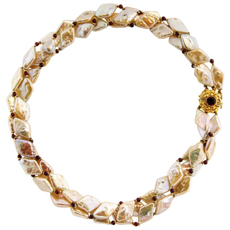 Κολιέ με λευκά μαργαριτάρια, γρανάδα και χρυσά στοιχεία Κ14 - M104556