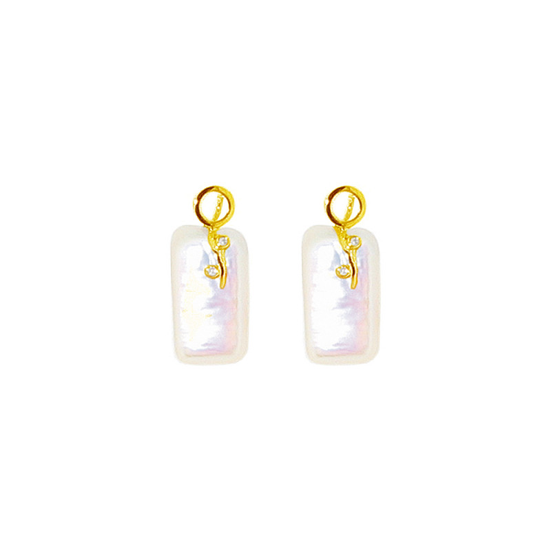 Σκουλαρίκια με λευκά μαργαριτάρια και διαμάντια σε χρυσή βάση Κ18 - G317821